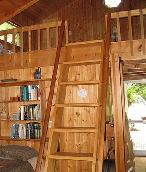 Lakefront Cottage Design Idea Observation Loft: Loft Ladder-barn Remod