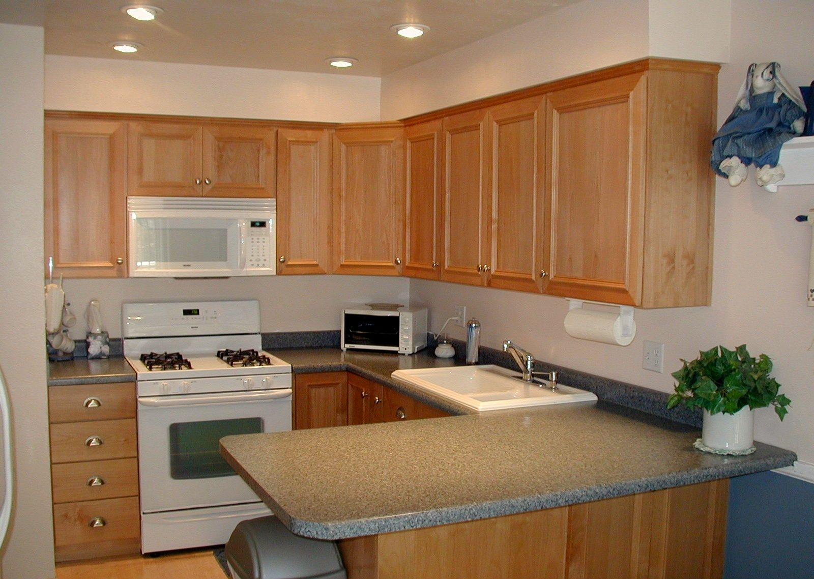 Traditional Light Wood Kitchen Cabinets 37 Kitchen Design Ideasorg