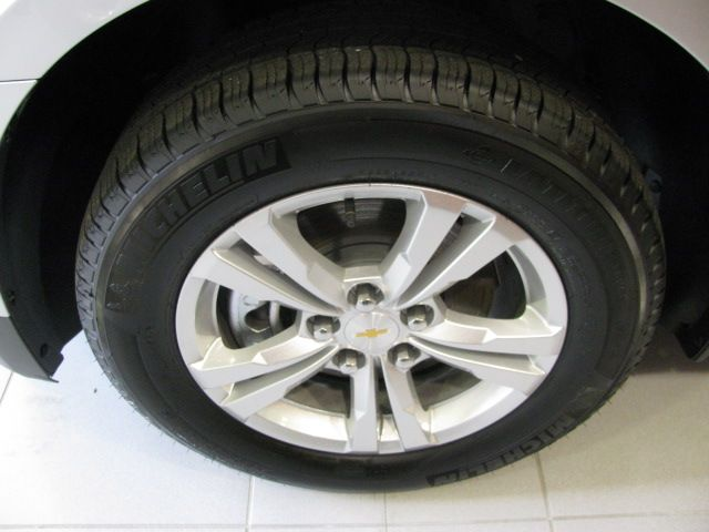 michelin tires 17 wheels 2015 chevy equinox pinterest wheels. Black Bedroom Furniture Sets. Home Design Ideas