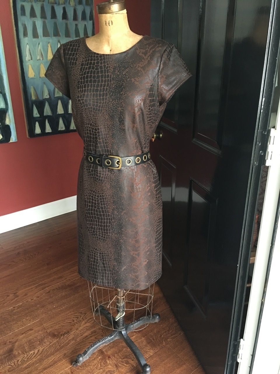 Belt a looser dress to give it shape and accentuate your curves. More on BrendaKinsel.com