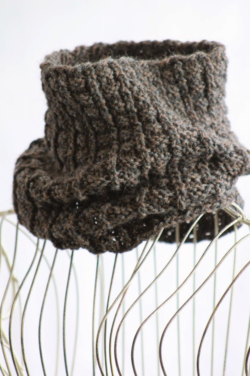 Sailor\'s Rib Cowl Balls to the Walls Knits, A collection of free one ...