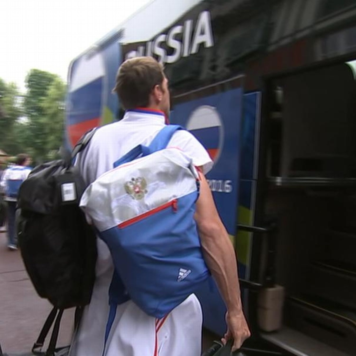 Pressure mounts on Russia after Euro 2016