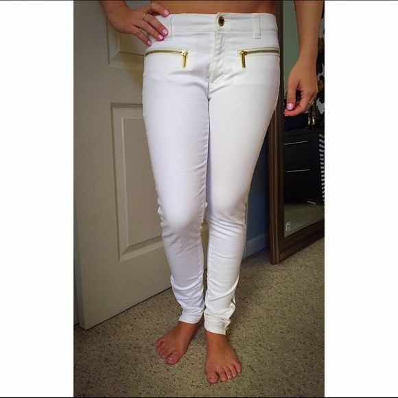 Michael Kors white jeans with gold zipper detail | Shopping, An ...