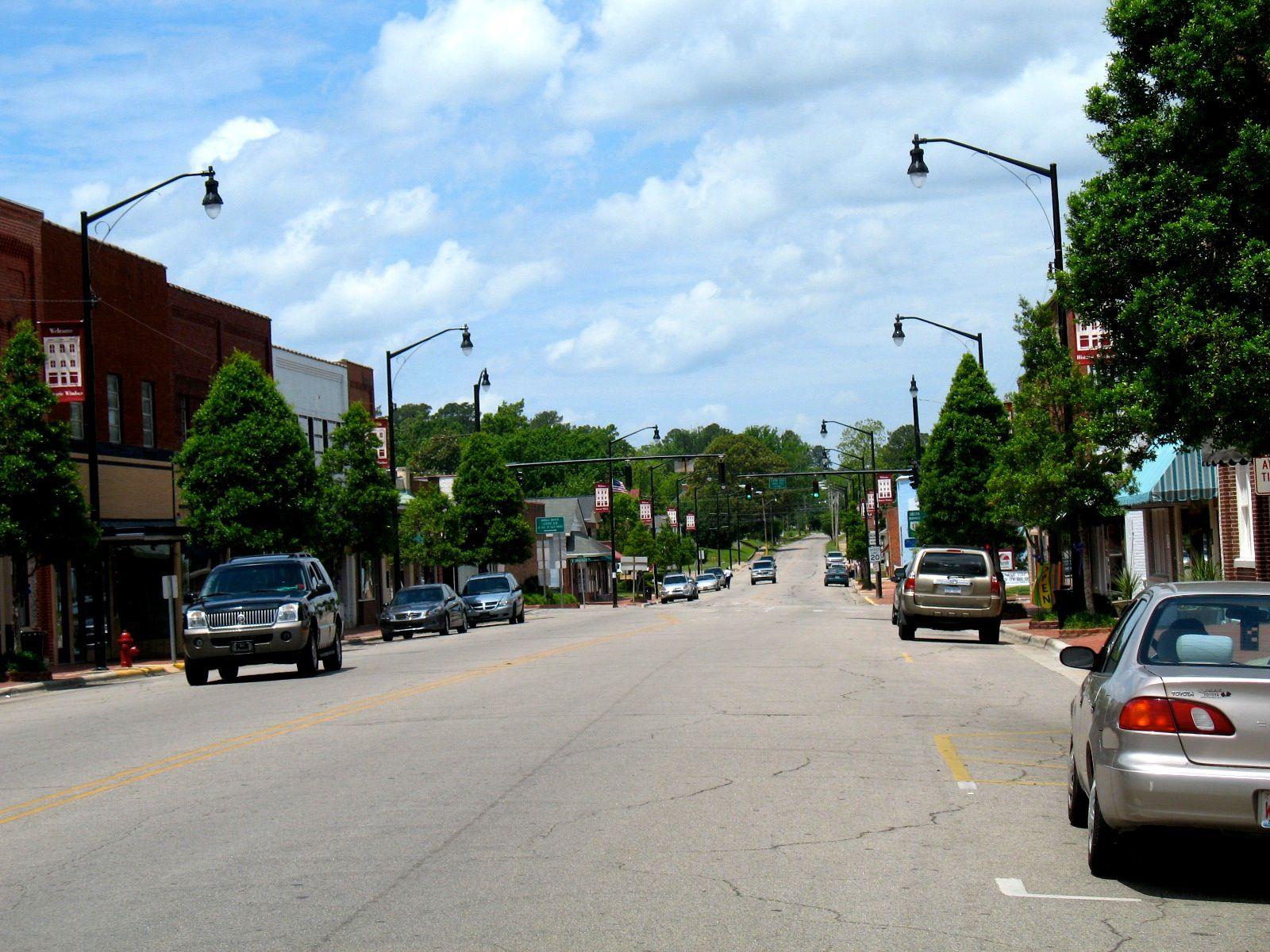 Main Street Street, Main street, Hometown