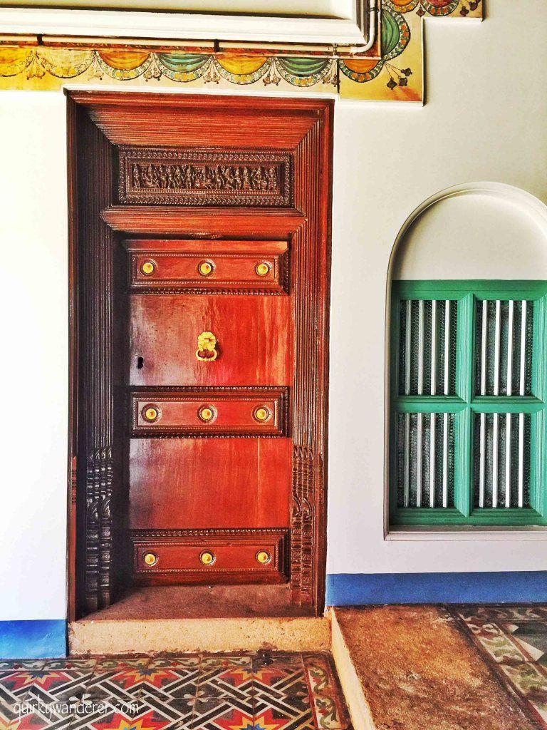 Doors Of Karaikudi Pooja Room Door Design Chettinad House Minimal House Design