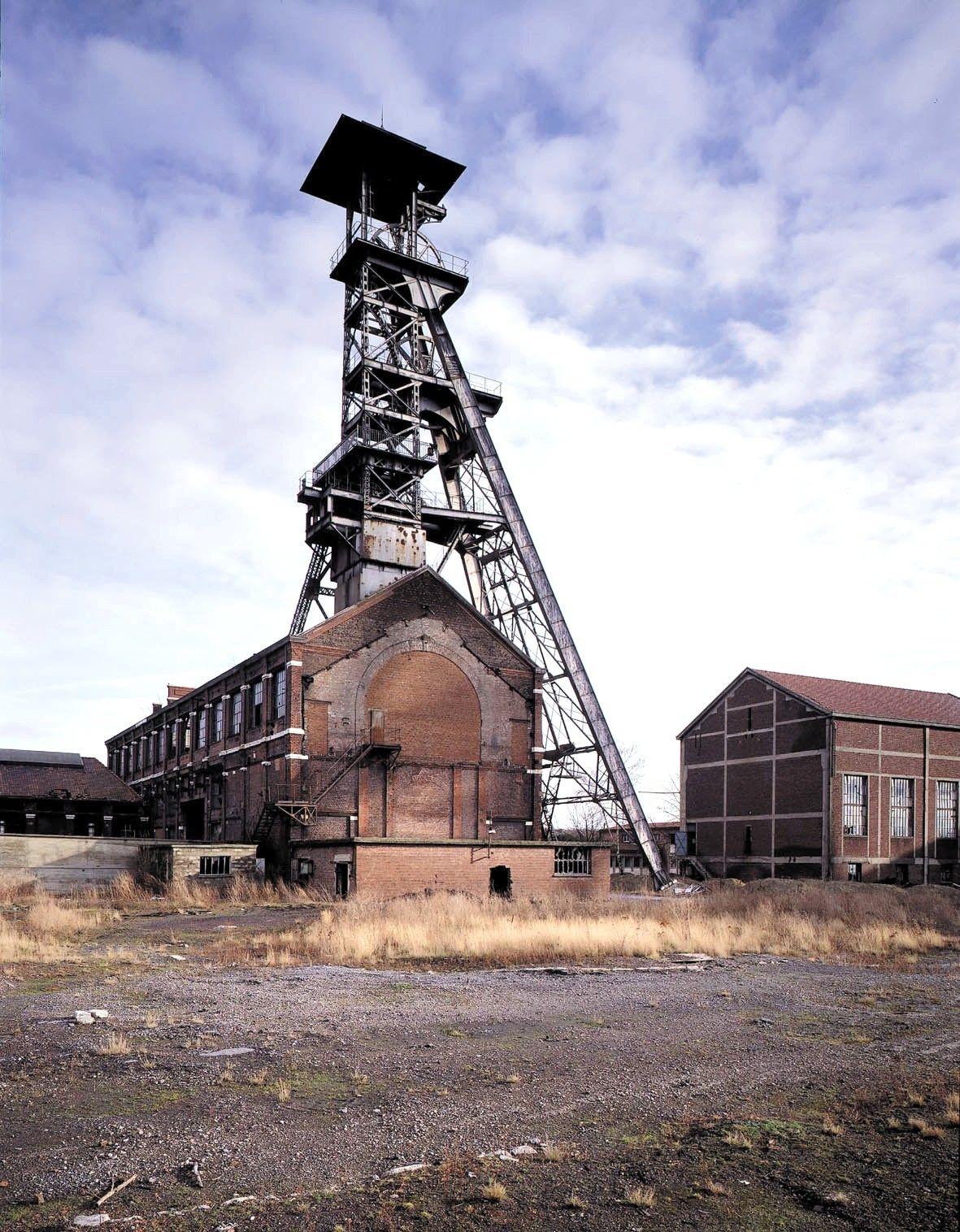 Mines De Charbon En France : mines, charbon, france, Cité, Minière, Wallers-Arenberg,, Pas-de-Calais, France, Paysage, Industriel,, Ville, France,, Village, Francais