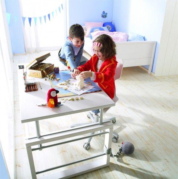 Haba Schreibtisch Matti - Designermöbel von Raum + Form | Pinterest ...