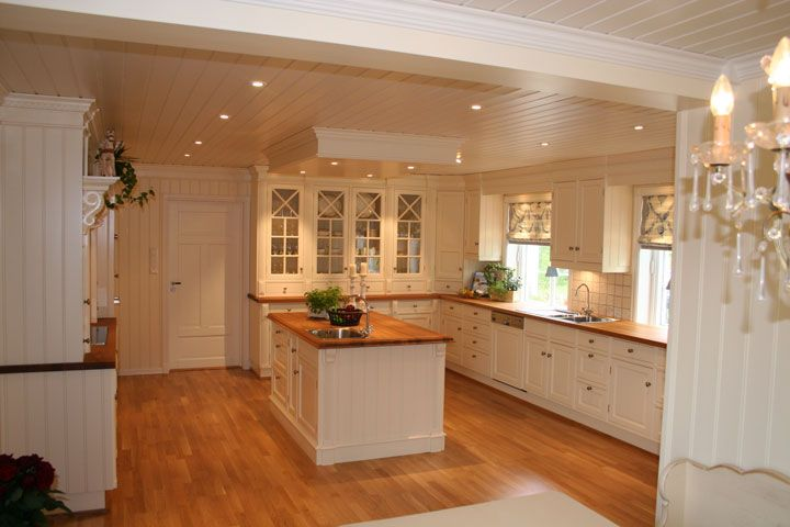 Kitchen Layout Mistakes to avoid. Here are the 10 mistakes to avoid in order to achieve both practical and elegant #kitchen design. Wasting #Storage Space...