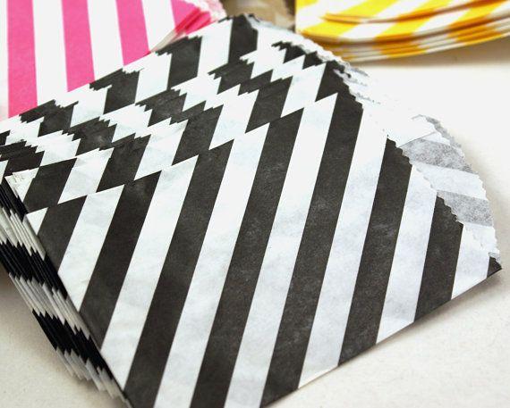 Black 20 Mini Diagonal Stripes 275 X 4 Paper By Kawaiigoodies 4 50 Party Favor Bags Black Party Unique Items Products