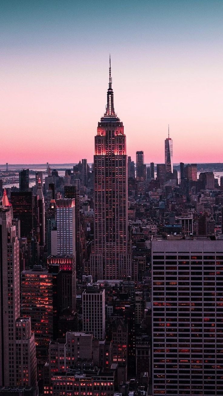 More than anything else New York is a city of sup... - #30s #city #York #phonebackgrounds