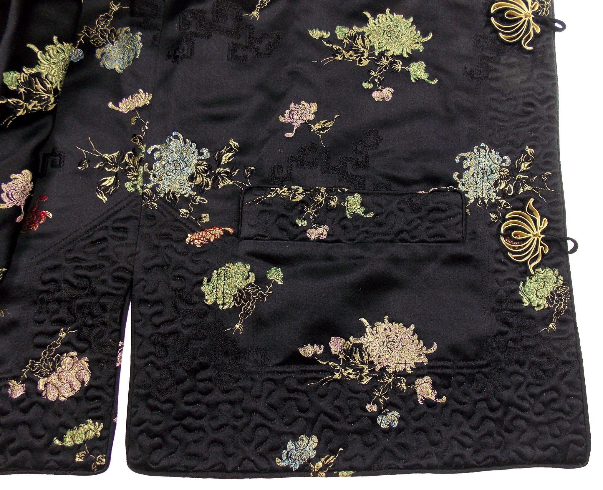 Ella chen black oriental asian bed jacket frog closure lined slits