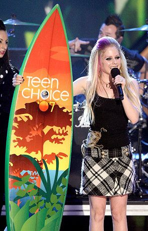 Amusing moment girlfriend teen choice awards avril your