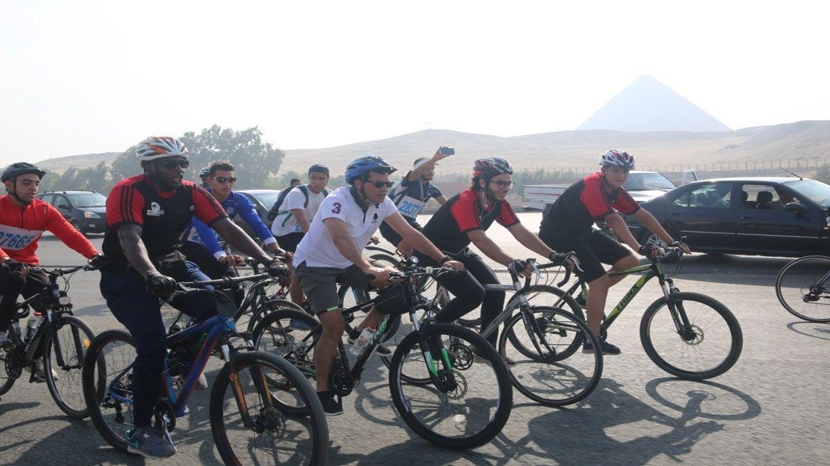 وزير الرياضة يقود ماراثون الدراجات من المتحف المصري بالتحرير Bicycle Vehicles