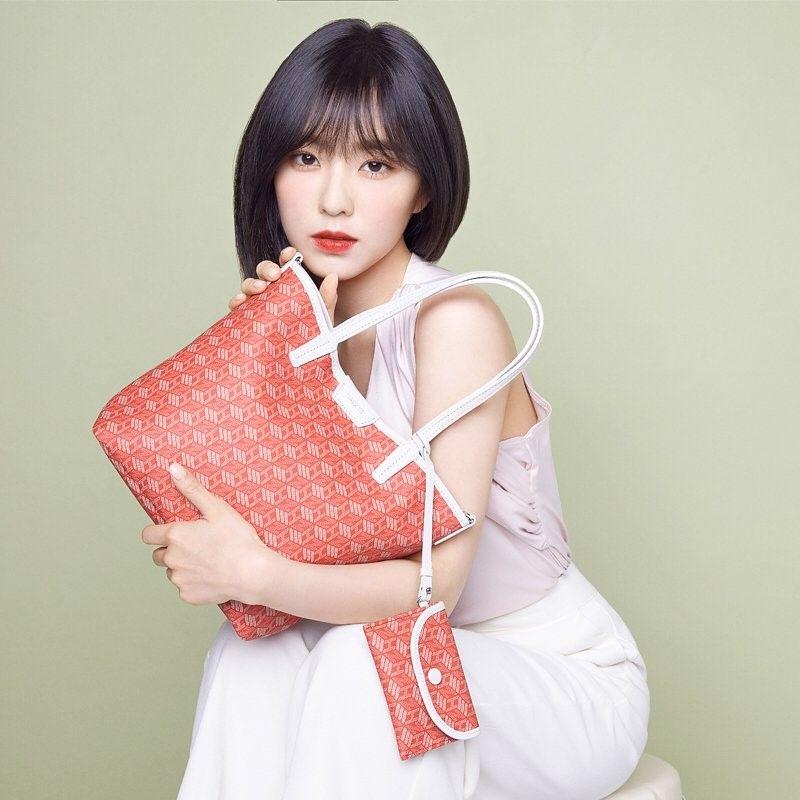 맥심 11월호 화보 표지모델 잼라이브 잼누나 김해나 아나운서