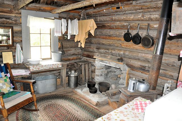 Hunters Cabin Interior By Pats Pics36 Via Flickr Families For Weekend Outings