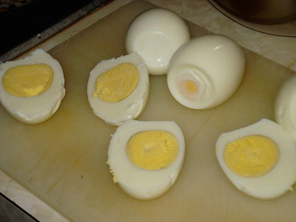 Boiled Egg Nutrition Chart – How Much Nutrition Does A Boiled Egg Provide?
