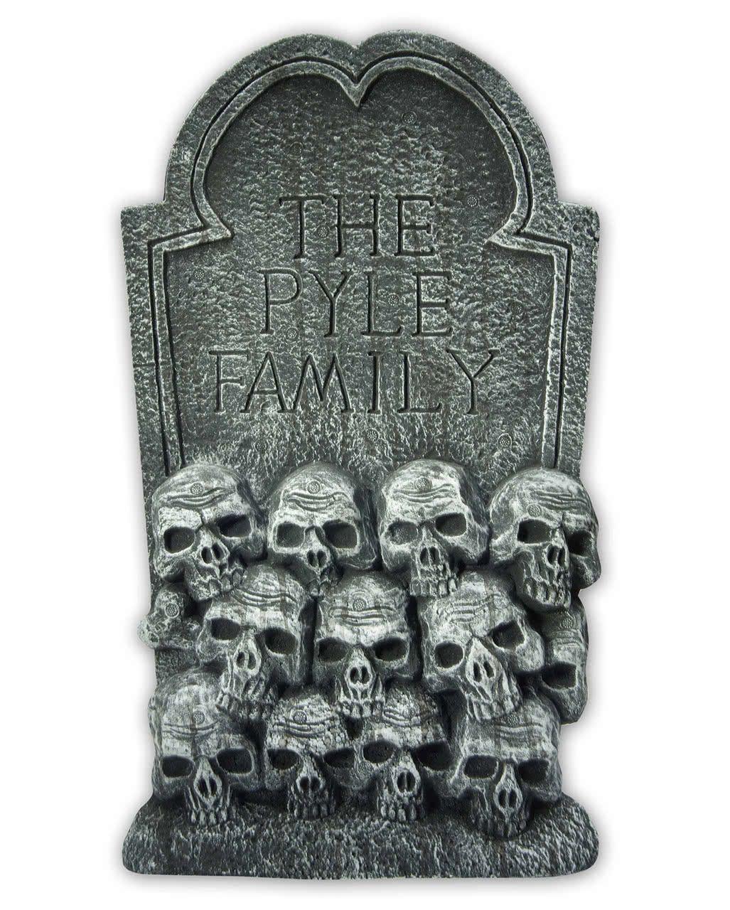Grave Stone With Skulls For Cemetery Decoration Horror Shop Com Halloween Gravestones Cemetery Decorations Halloween Tombstones