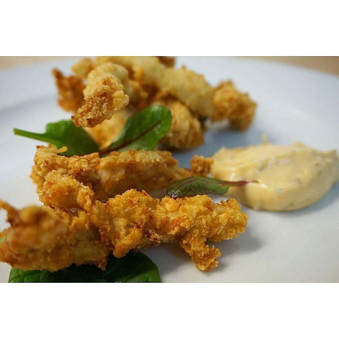 Oui à la Junkfood ! Mais fait maison alors ..... #menubistronomique #poulet #croustillant #gourmandcroquant #chicken #nuggets #junkfood #ketchup #potatoes #faitmaison #homemade #Food #Foodista #PornFood #Cuisine #Yummy #Cooking