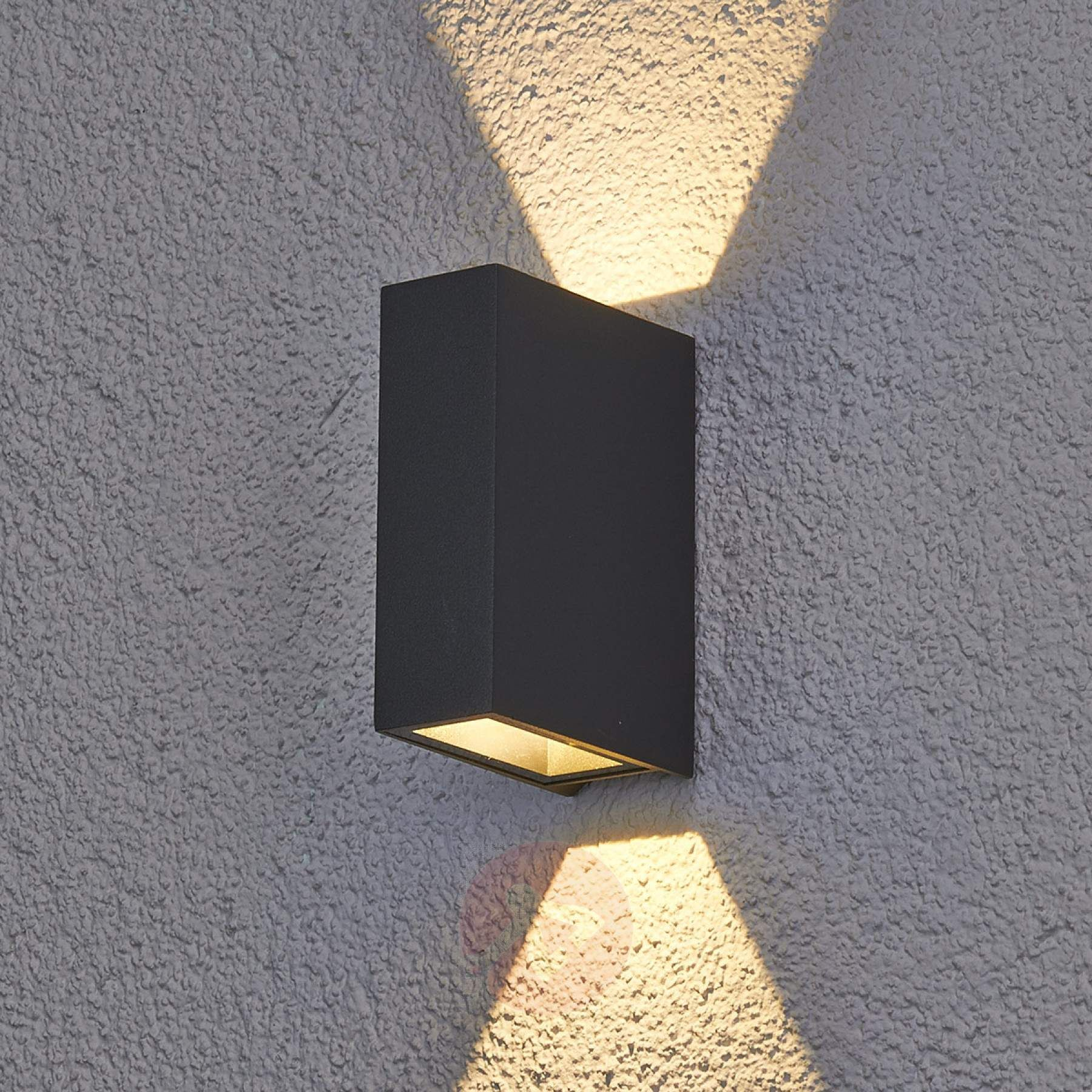 Maisie Led Outdoor Wall Light Made Of Aluminium Lights Co Uk In 2020 Led Outdoor Wall Lights Wall Lights Outdoor Wall Lighting