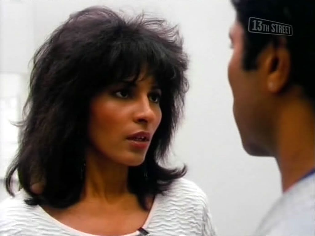 Pam Greer Pam Grier 2 Hair Styles Shag Hairstyles Pam Grier