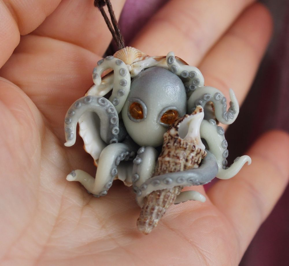 Octopus Inside A Seashell Pendant Necklace Jewelry