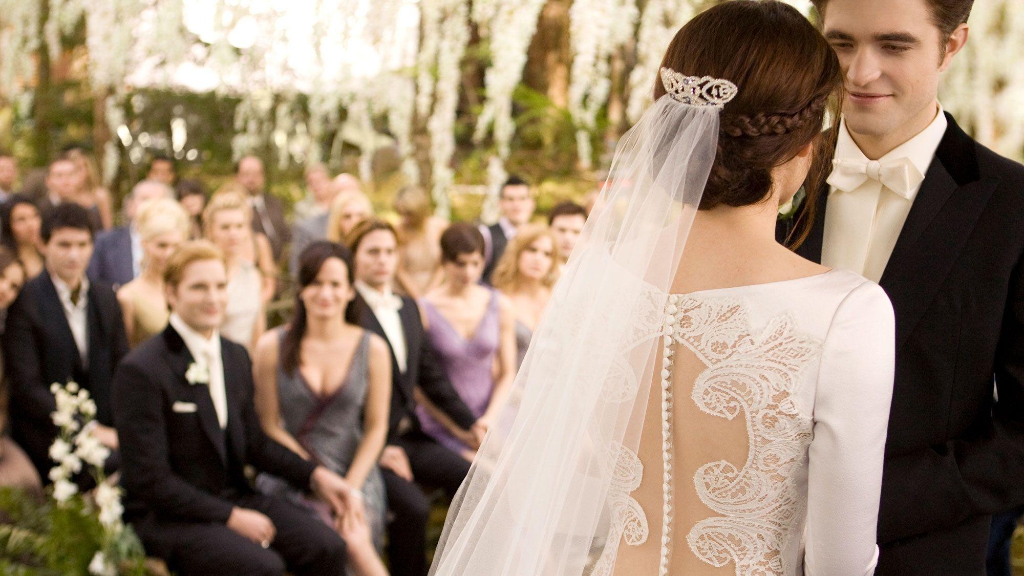 Bella\'S Wedding Dress From Twilight | Wedding Dress | Pinterest ...