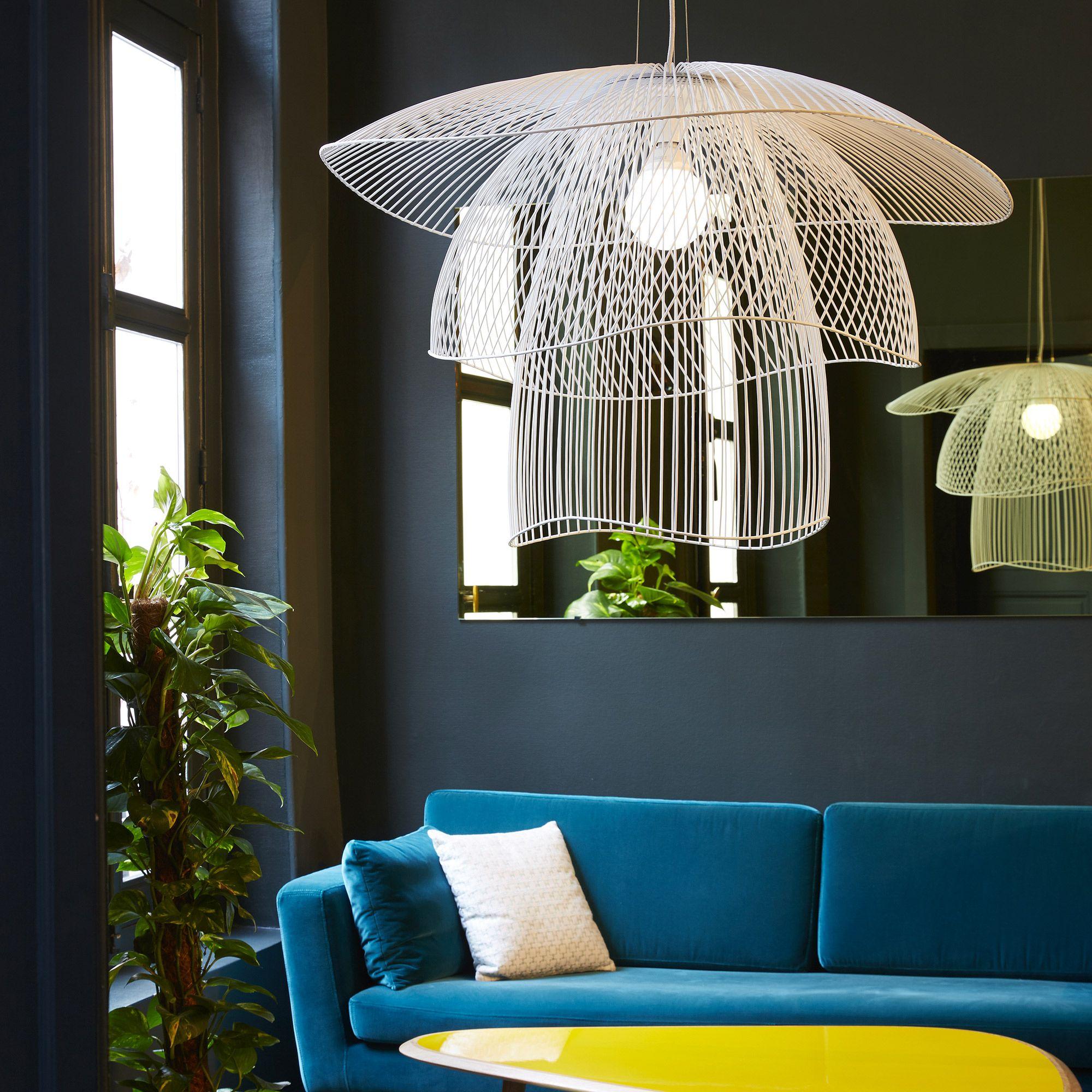 suspension m tal blanc 56cm papillon suspension metal forestier et suspension. Black Bedroom Furniture Sets. Home Design Ideas