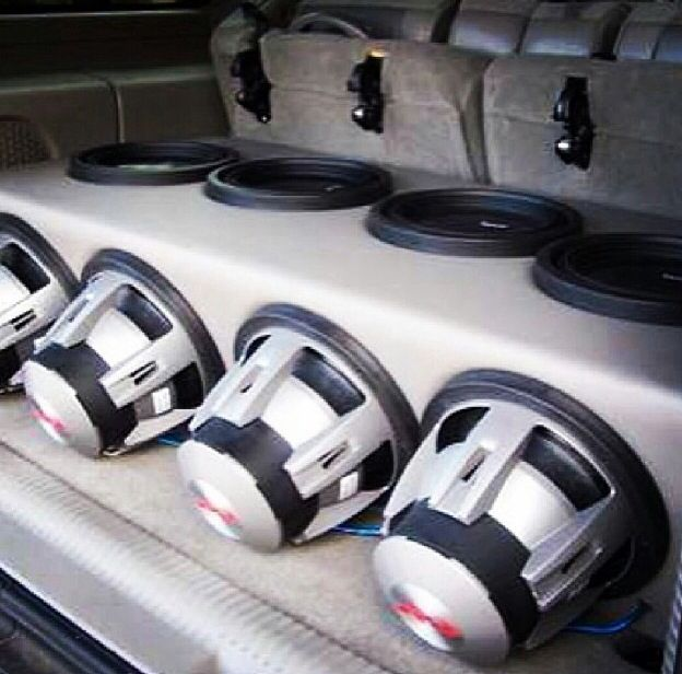Box To Me Doesn T Look Big Enough For All Those Car Audio Subwoofers Car Audio Systems Car Audio