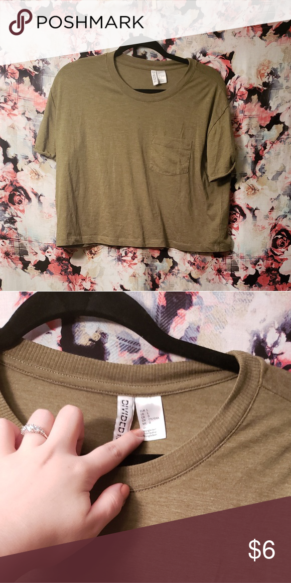 702ee3a057dd5c Pocket Crop Top Great condition! Bought from H M. Divided Tops Crop Tops