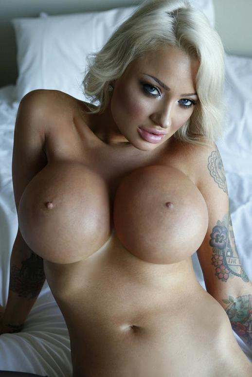 Sarah Marie Summer Topless