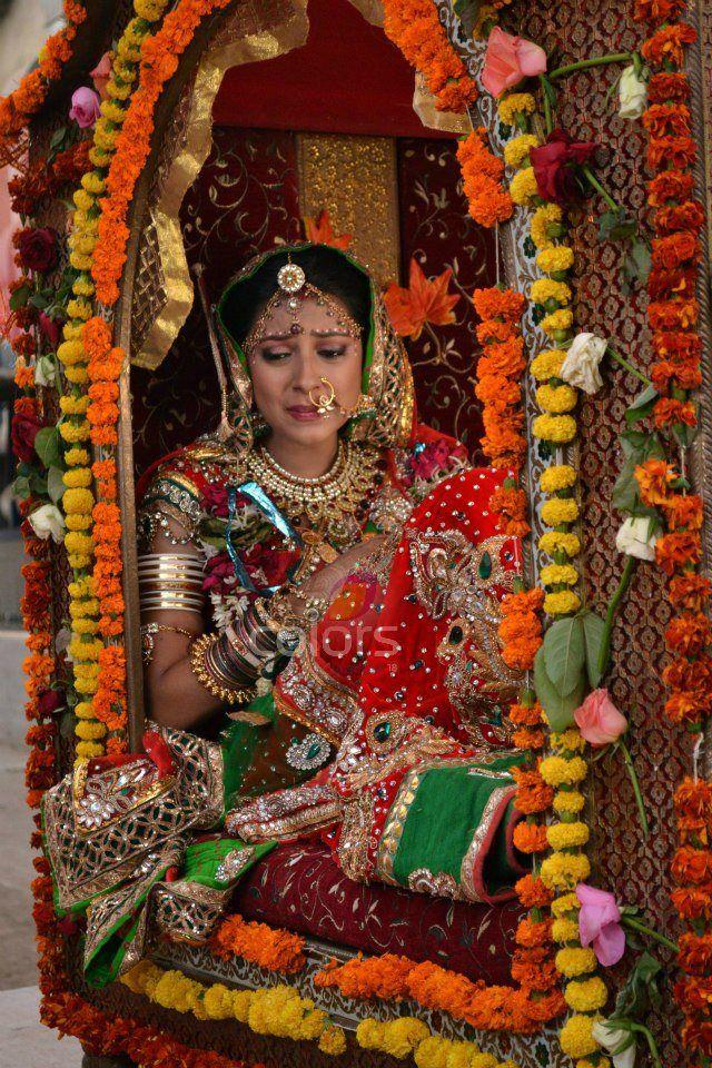 Balika Vadhu Balika Vadhu Anandi Enters Shiv S Haveli