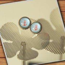 bronze-colored stud earrings  - light blue red anchors - handmade by Mad  In Belgium (www.mad-in-belgium.com)
