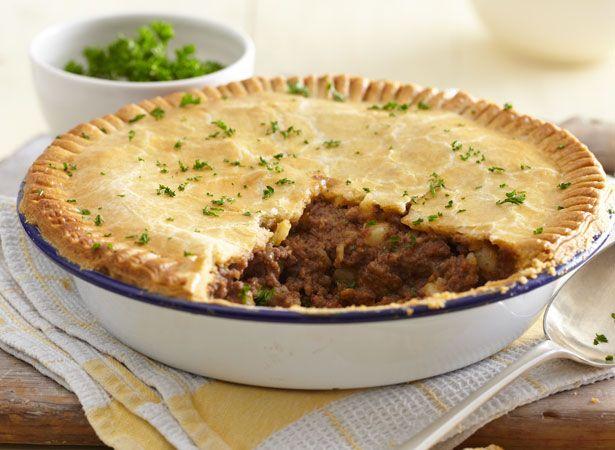https://www.jusrol.co.uk/pastry-recipes/meat-potato-pie ...