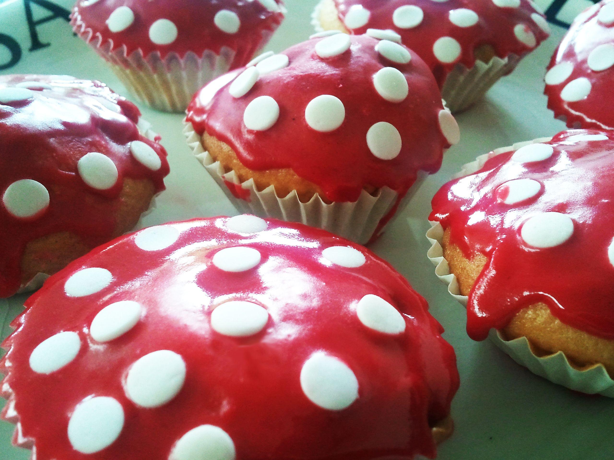 Pin Op The Best Cupcakes Small Cakes Boltaartjes Meptaartjes