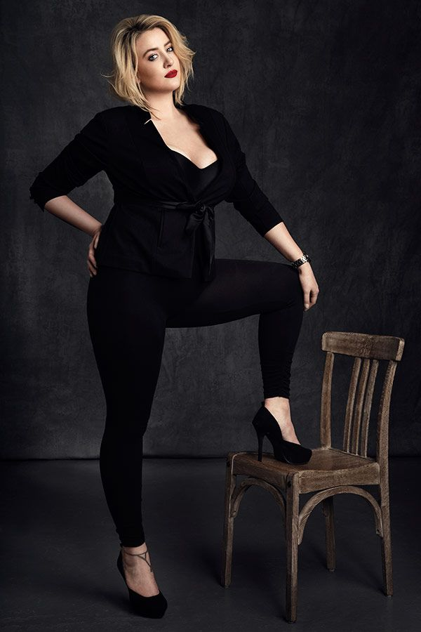 Photo of Fashion Flair Volume IV: Women with Curves – Learn with Lindsay Adler