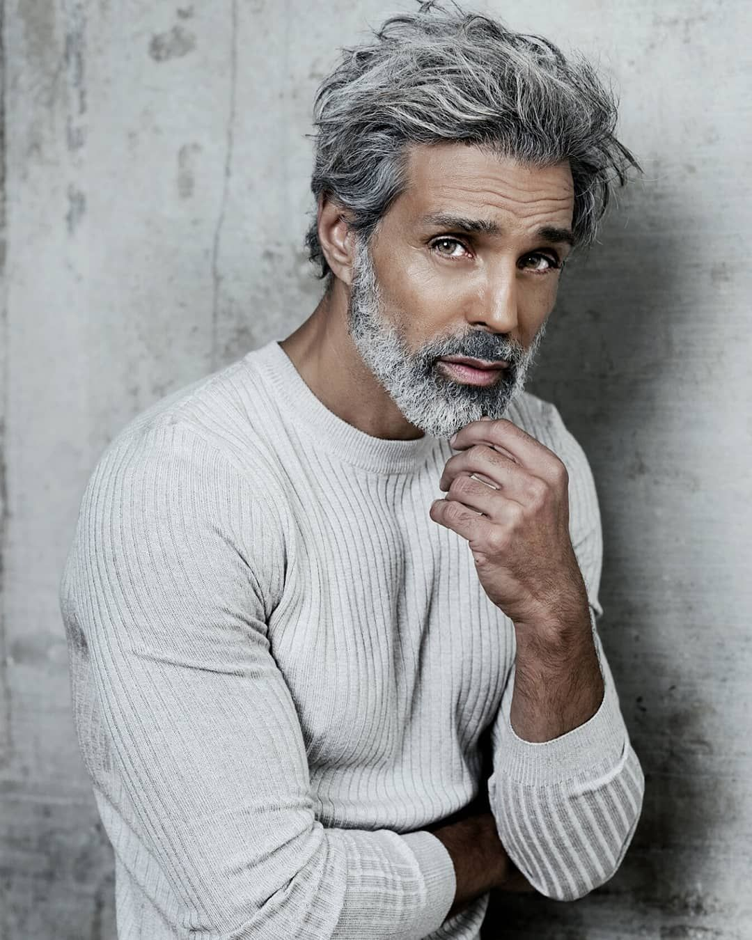 "Photo of silverfox on Instagram: ""It the time for Grey on grey  By the talented and amazing @jessiwikstrom  @engvallartistry  @greymodelagency #silvermodels #classicmodel…"""