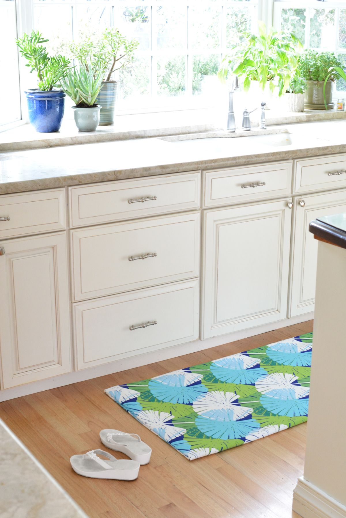 Diy fabric floor mat centsational style diy flooring