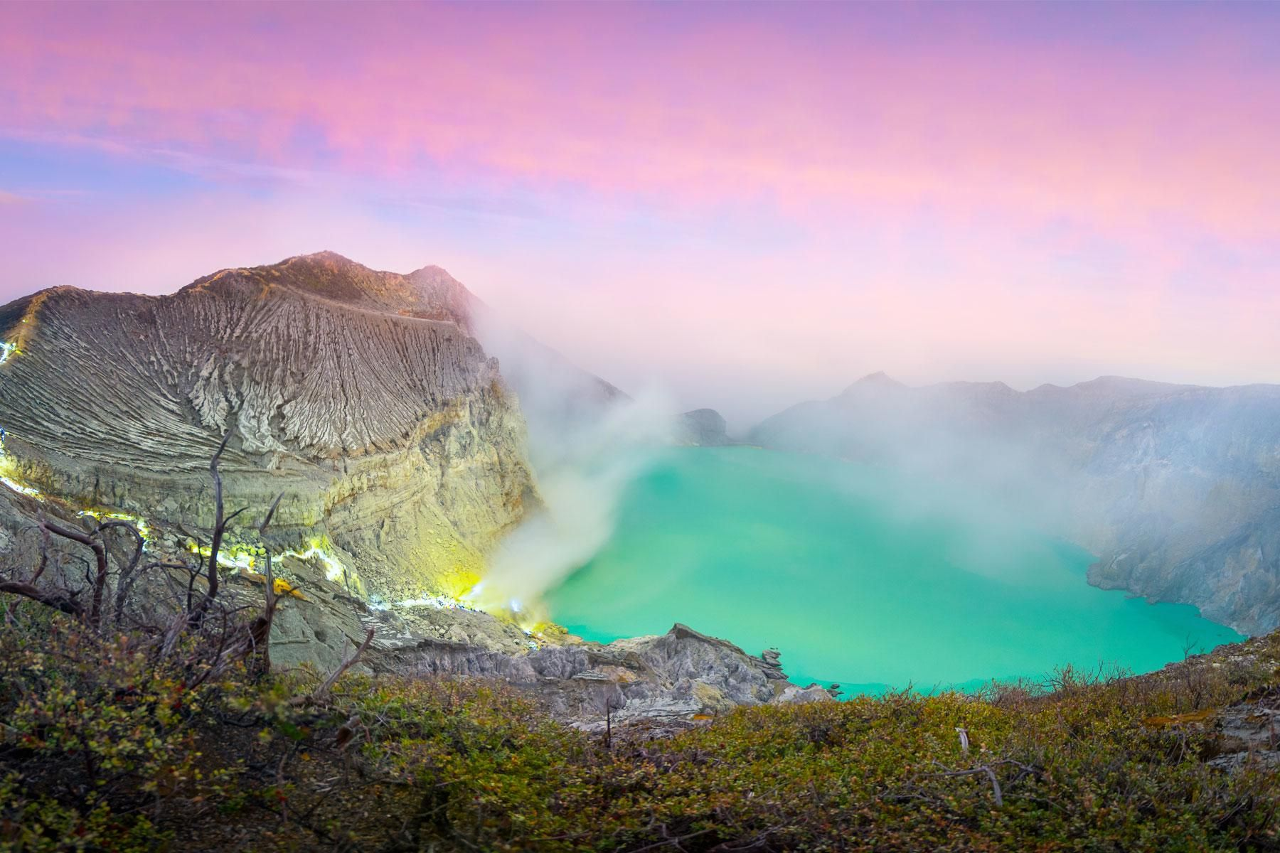 The World's 30 Most Colorful Natural Attractions