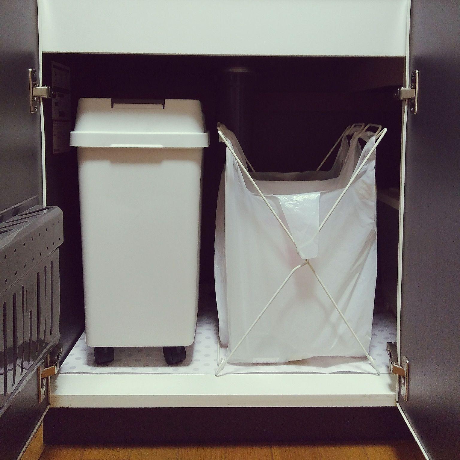 キッチン 2k ひとり暮らし シンク下ゴミ箱 ダイソー などのインテリア実例 2018 05 20 12 20 40 Roomclip ルームクリップ シンク下 ひとり暮らし シンク下の収納