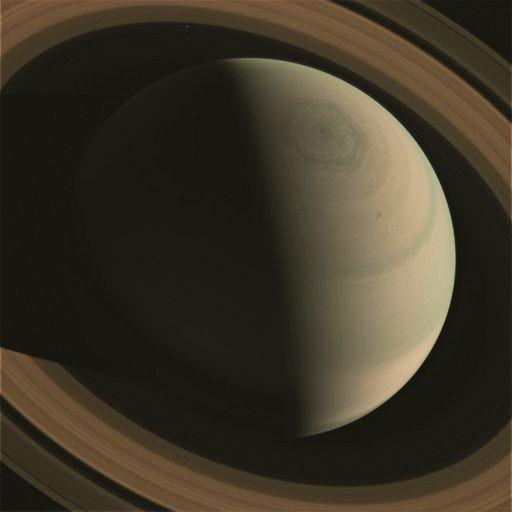 Esagono di Saturno