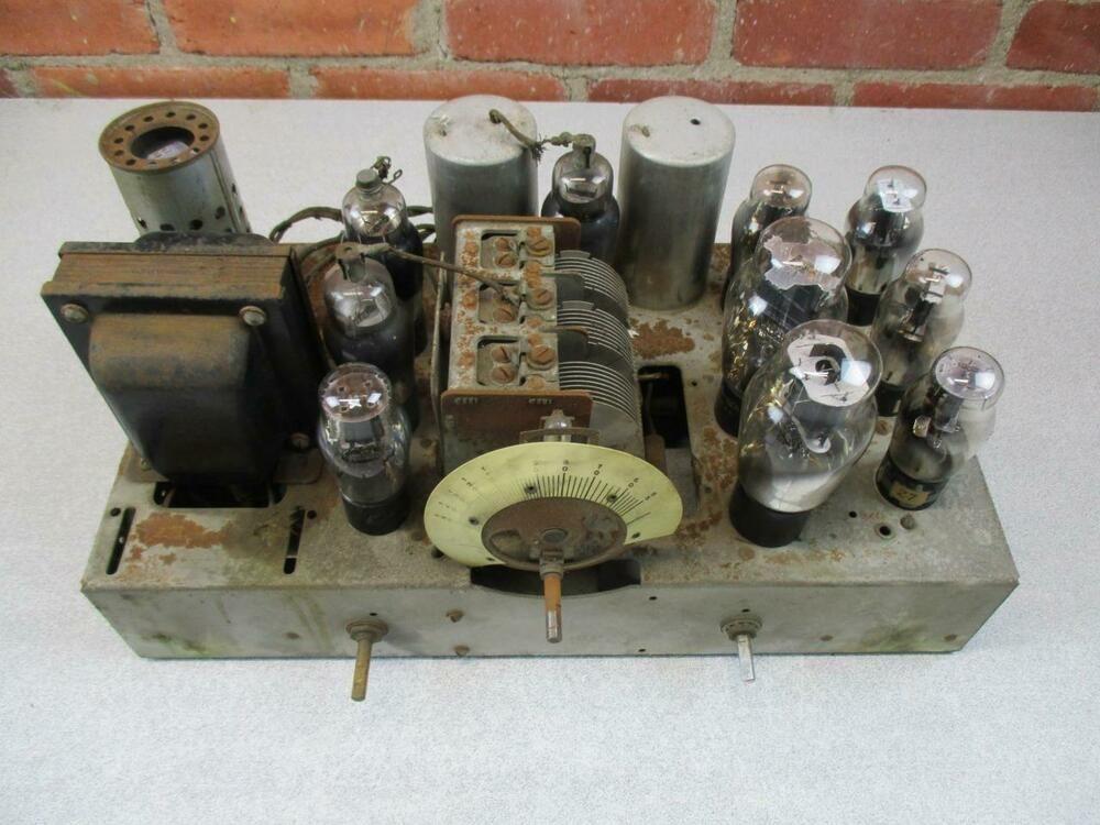 Vintage Firestone Wood Tube Radio For Parts Or Repair Model 4 A 21x Vintage Radio Retro Radios Antique Radio