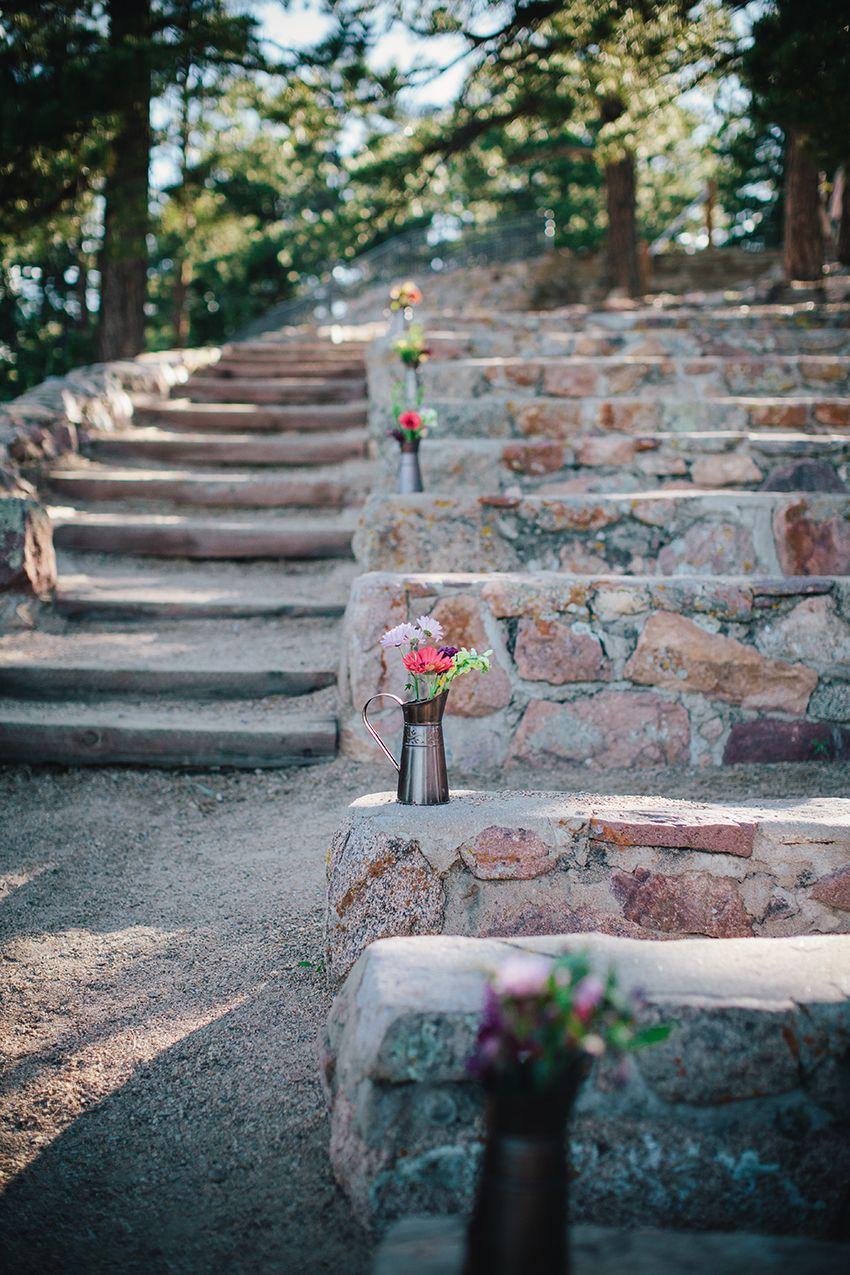 Boulder Wedding | Sunrise Amphitheater | SImple Flowers ...