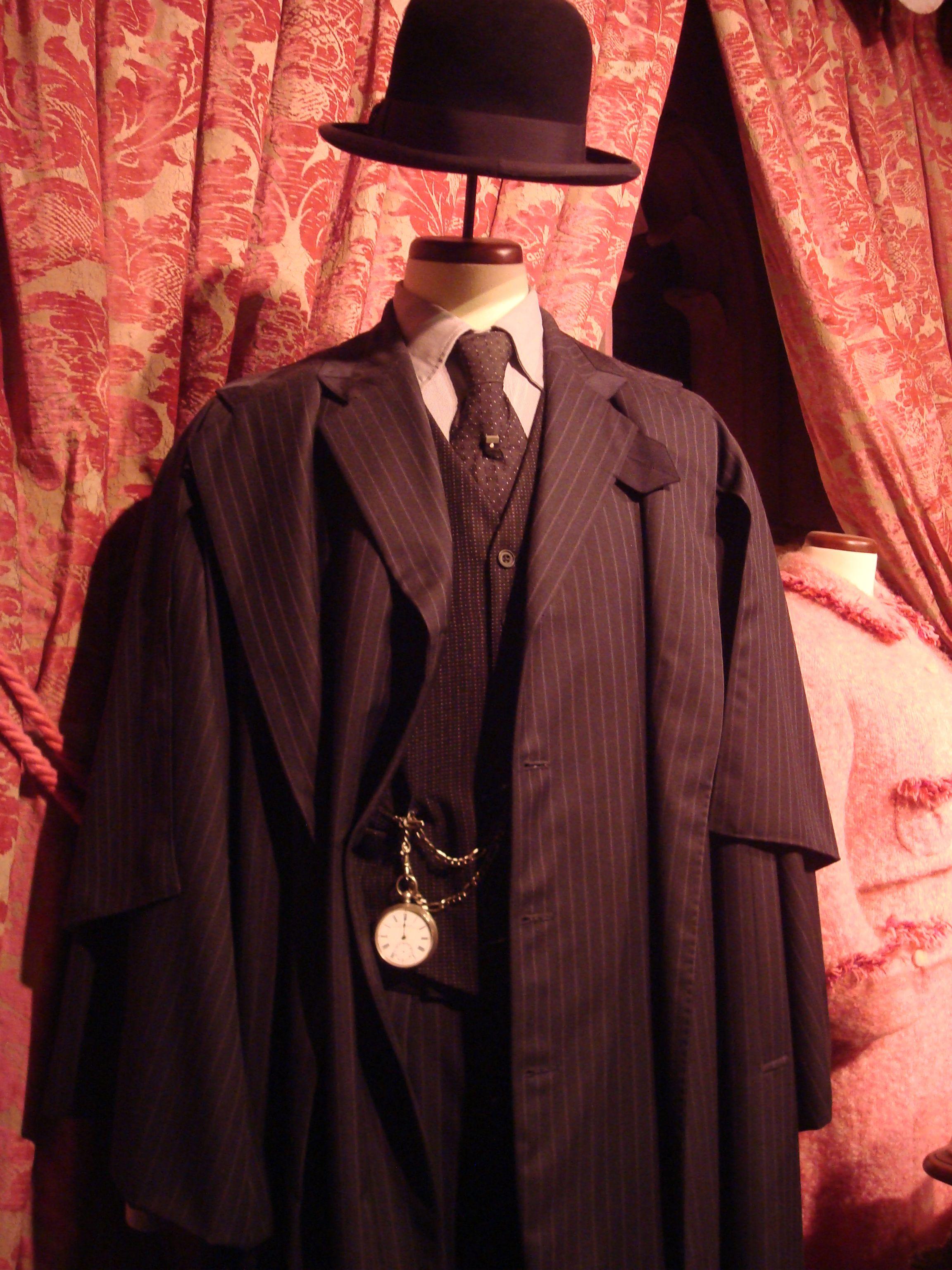 Cornelius Fudge Harry Potter Outfits Harry Potter Costume Harry Potter