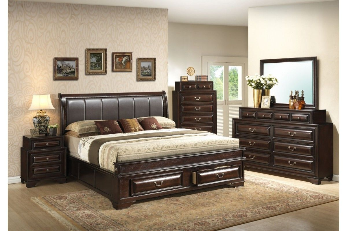 Decorate Your Large Room With A King Size Bedroom Set Darbylanefurni In 2020 King Size Bedroom Furniture Sets Bedroom Sets Furniture King King Size Bedroom Furniture