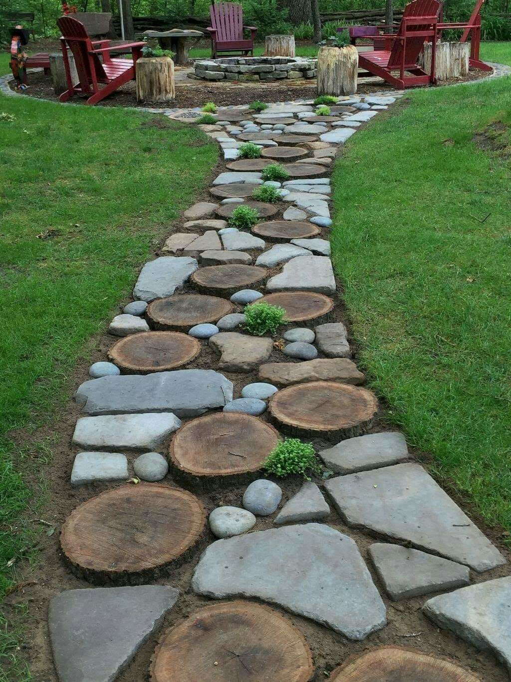wood slices and stone walkway rock garden landscaping on magnificent garden walkways ideas for unique outdoor setting id=28426
