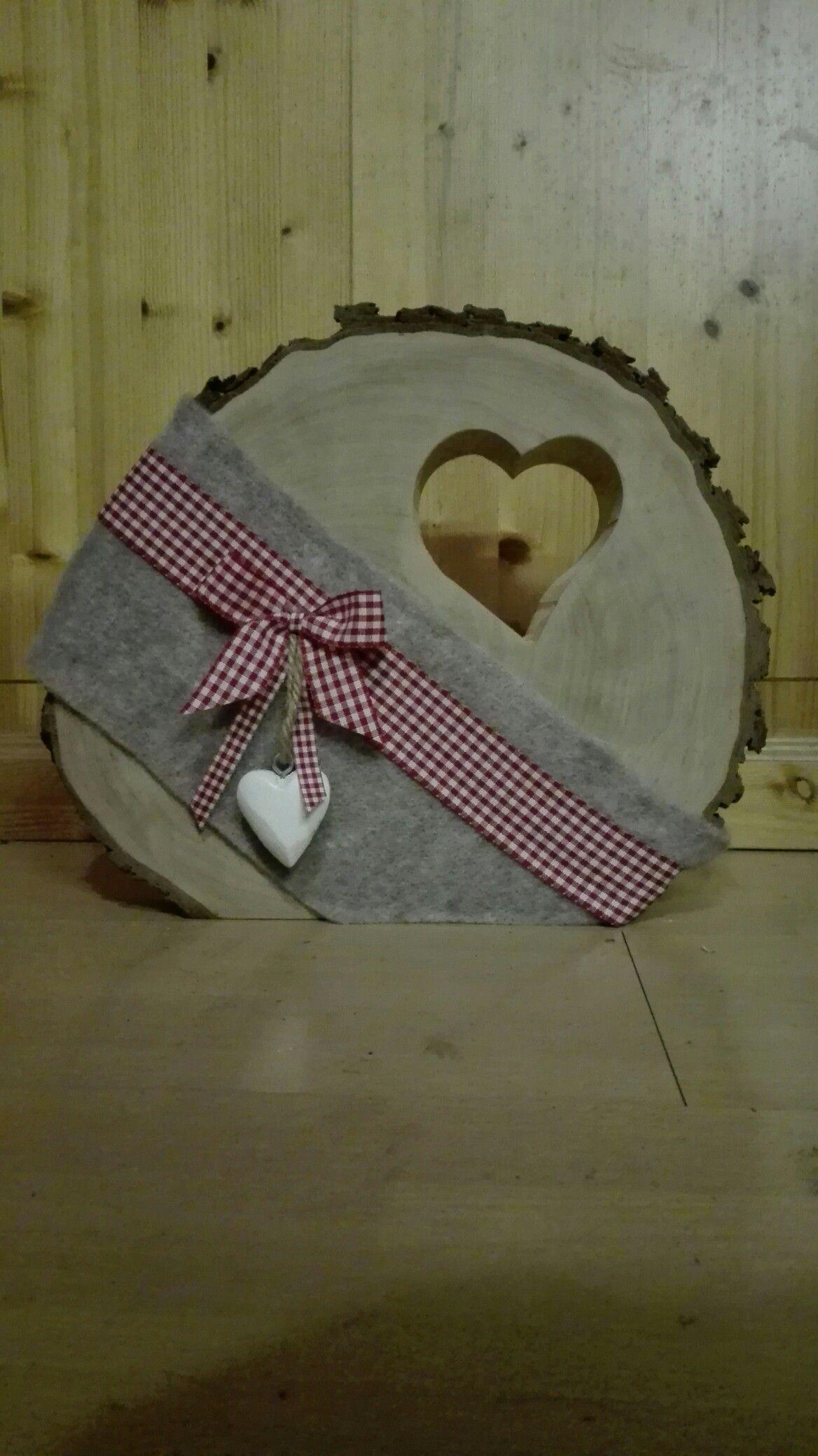 Holzscheibe mit Herz #holzscheibendeko