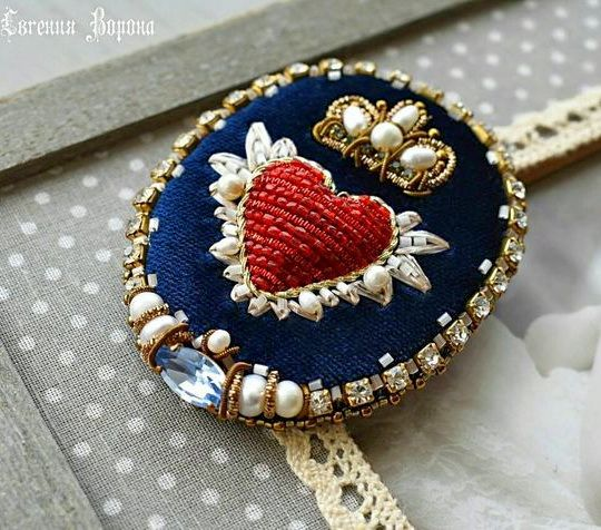Beauitiful jewelry in St Valentine`s Day style is part of Beaded jewelry, Homemade jewelry, Brooches handmade, Beaded brooch, Jewelry crafts, Embroidery jewelry - Valentine's Day is coming soon  Everywhere its possible to see red hearts and feel a