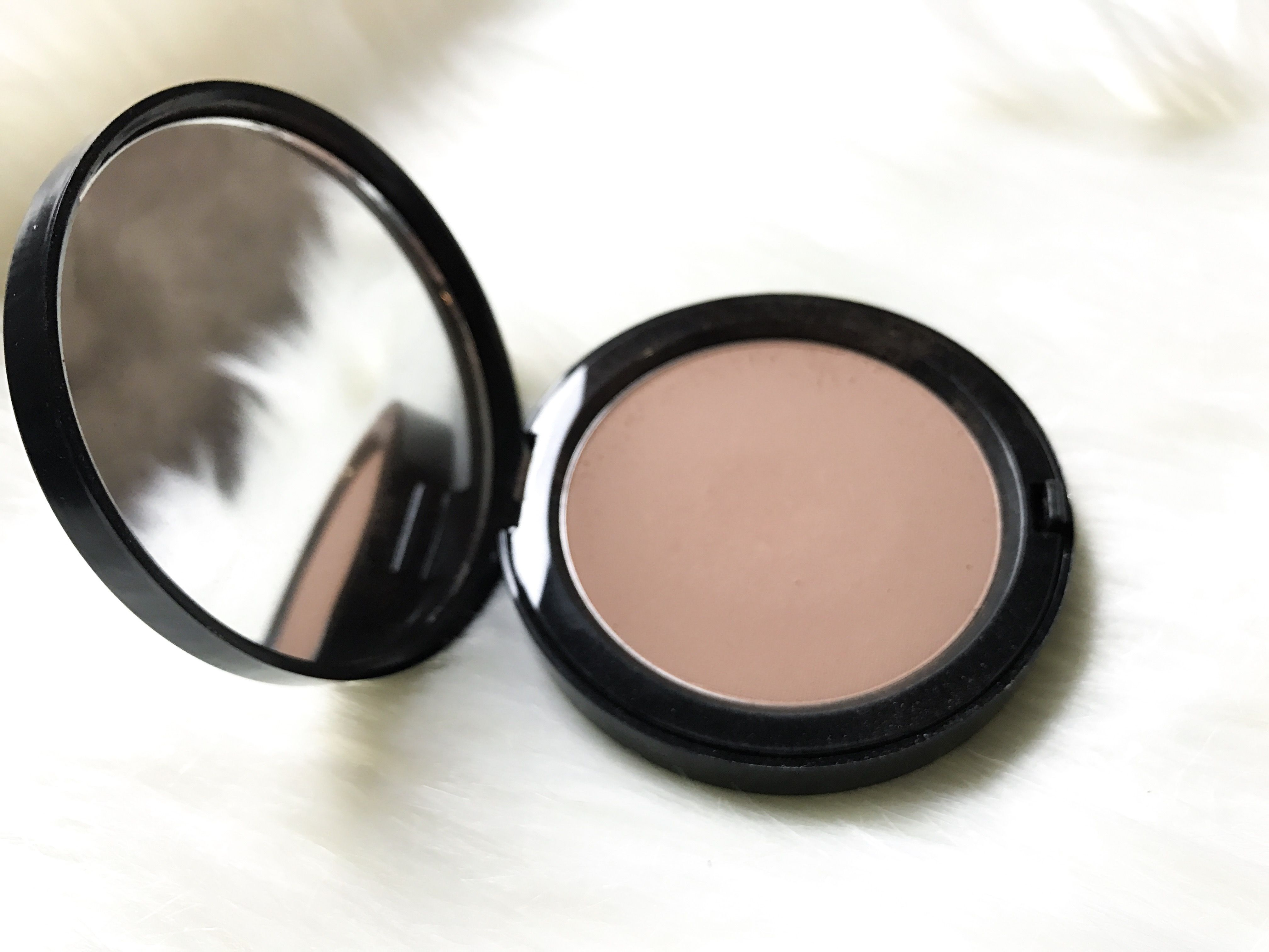 My favorite go to bronzer is from Bobbi brown! It gives me