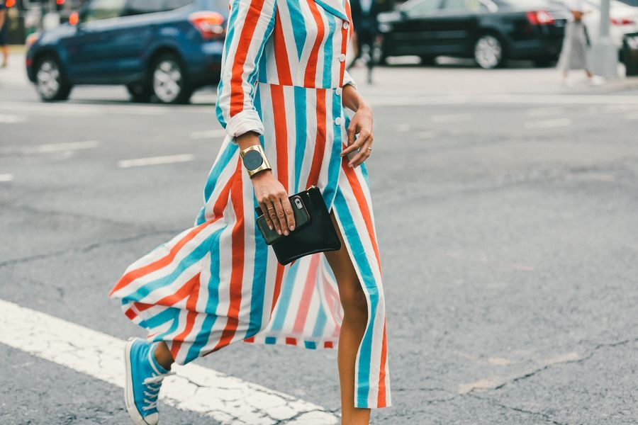 This just makes me speechlessly happy when an amazing orange and turquoise maxi dress is paired with matching turquoise Converse.