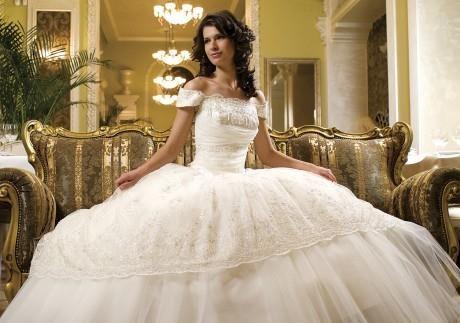 Белое платье традиция